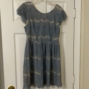 Forever 21 Contemporary Lace Cap Sleeve Dress M